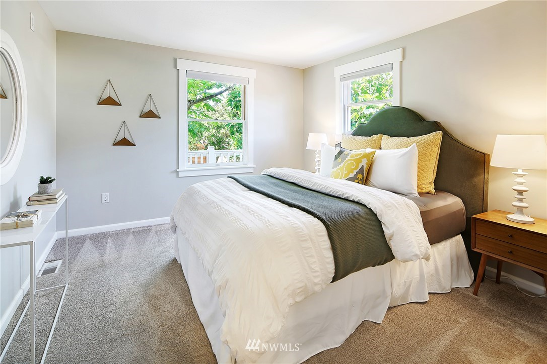 Sold Property | 7556 10th Avenue NW Seattle, WA 98117 8