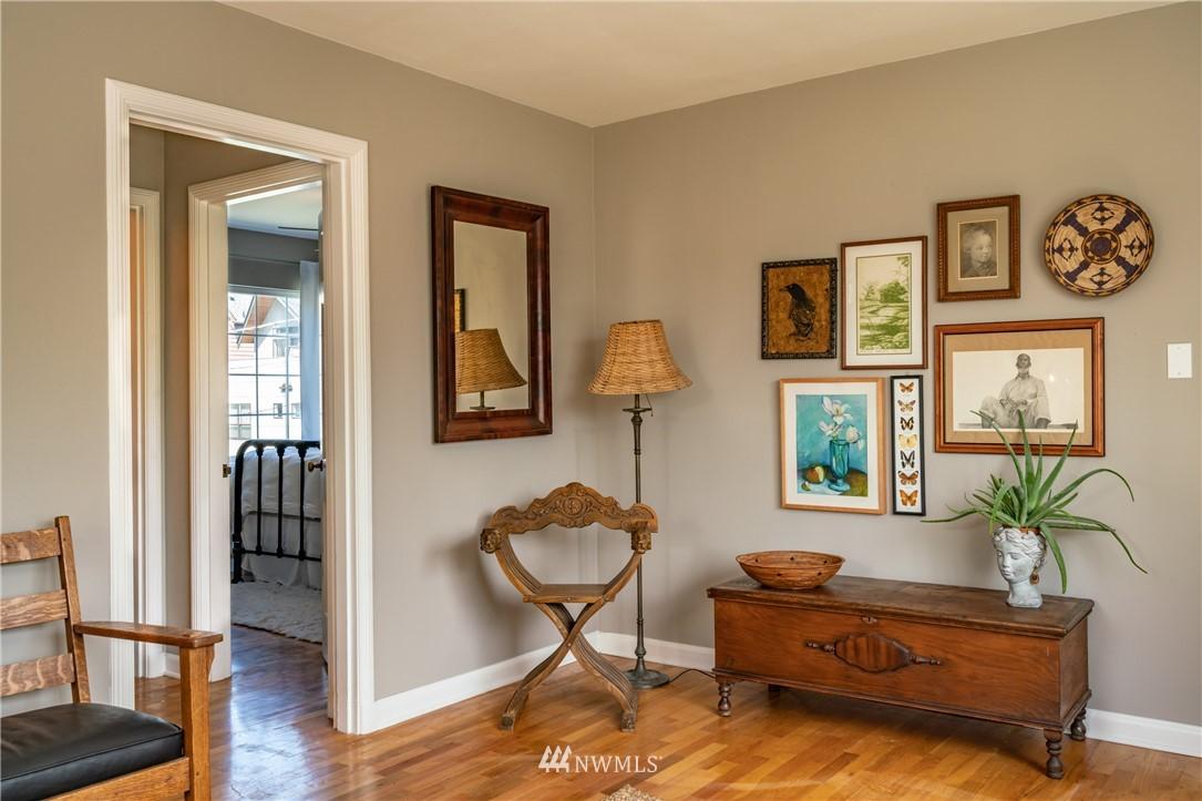 Sold Property | 7866 Green Lake Drive N #4 Seattle, WA 98103 7