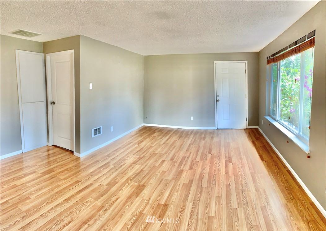 Sold Property   2918 Forest Rim Court S Puyallup, WA 98374 8