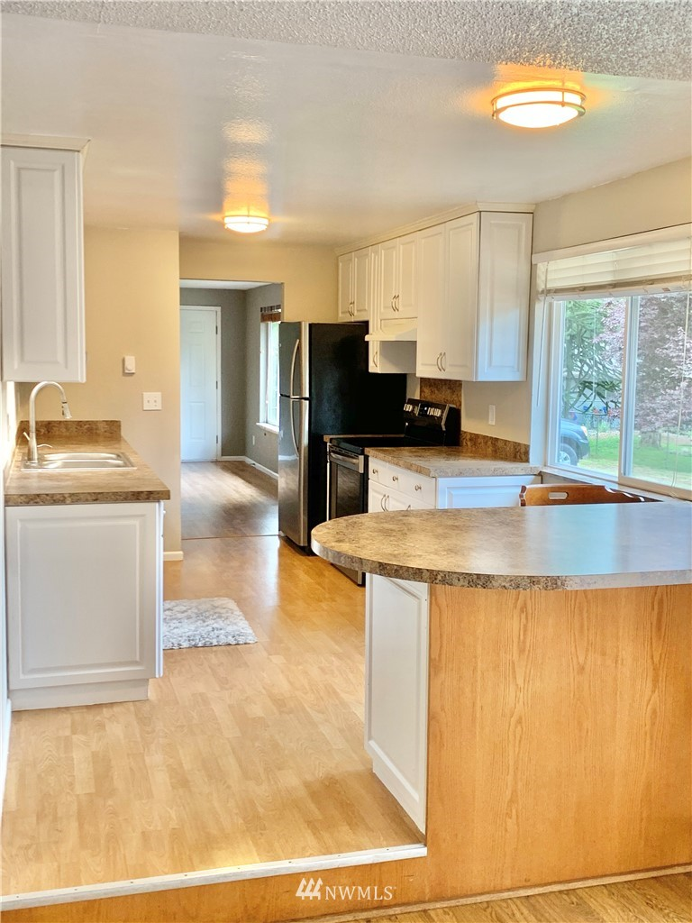 Sold Property   2918 Forest Rim Court S Puyallup, WA 98374 2