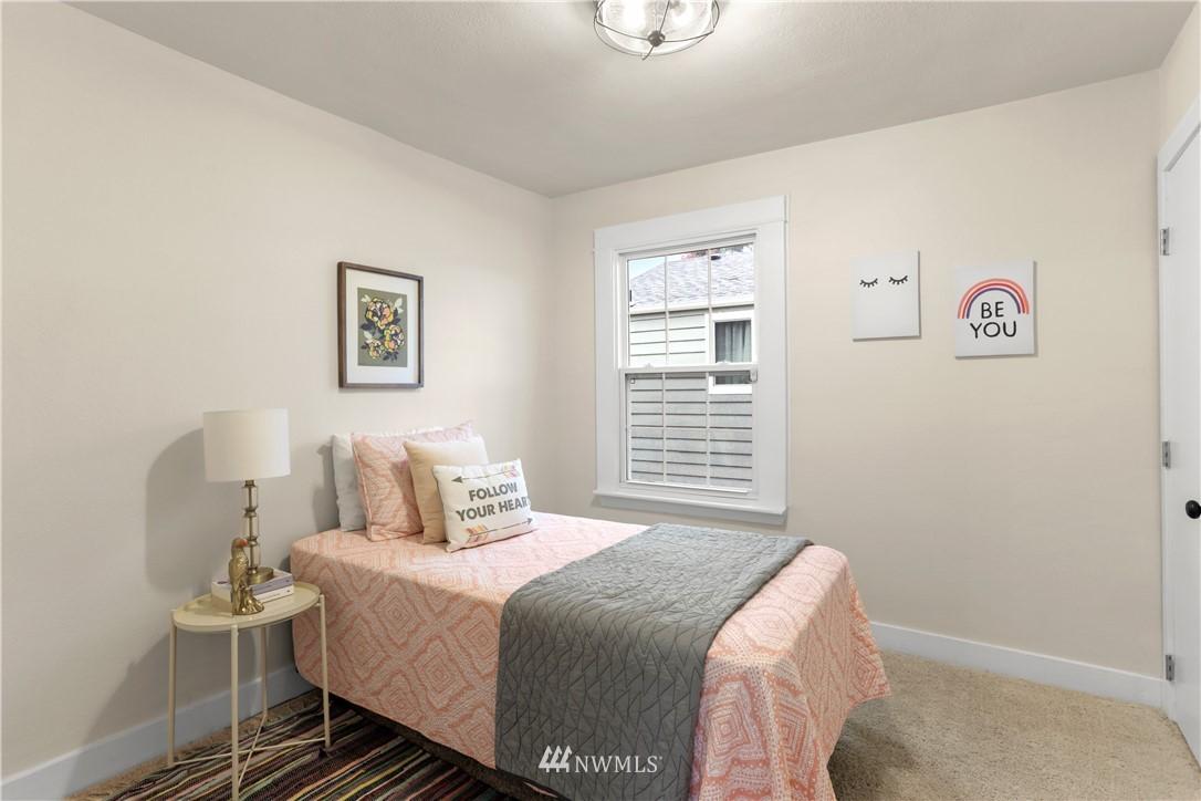 Sold Property   9047 37th Avenue S Seattle, WA 98118 13