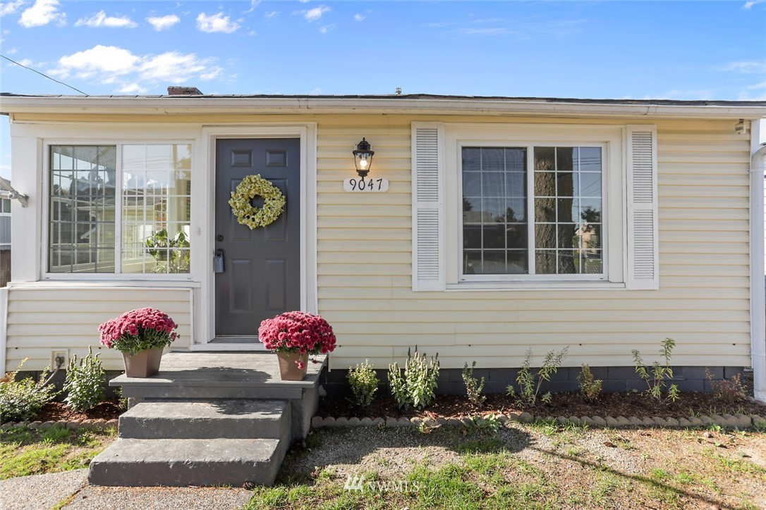 Sold Property   9047 37th Avenue S Seattle, WA 98118 0