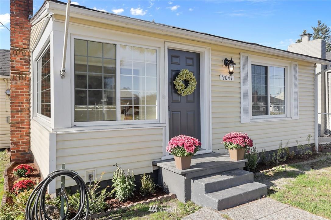 Sold Property   9047 37th Avenue S Seattle, WA 98118 1