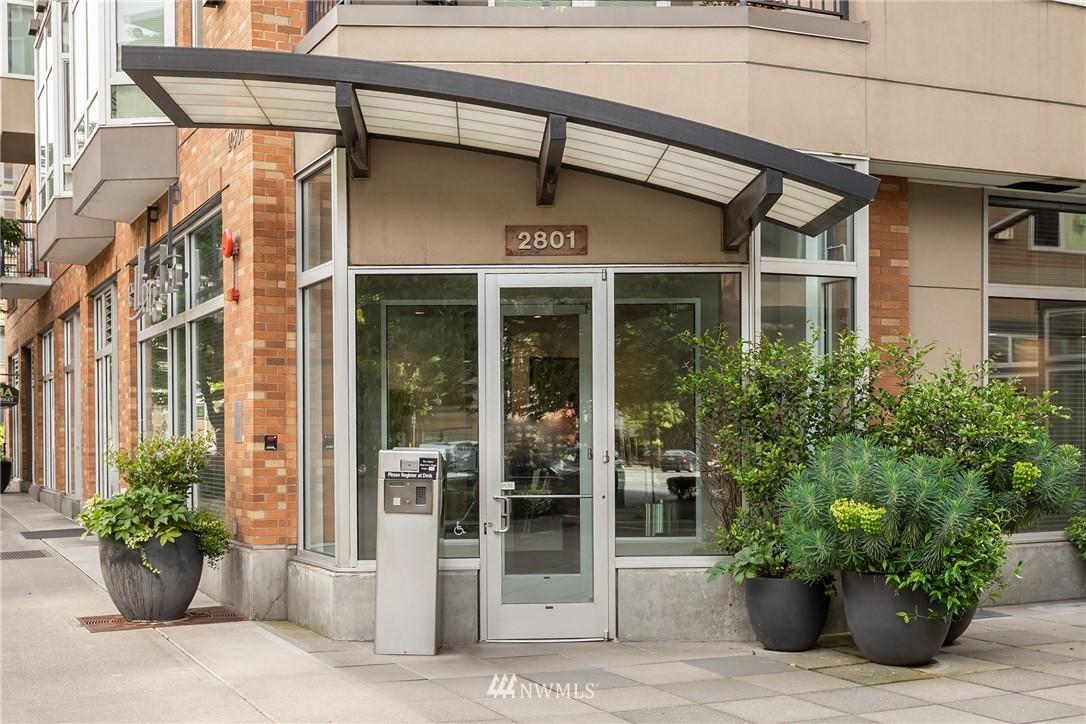 Sold Property | 2801 1st Avenue #513 Seattle, WA 98121 10