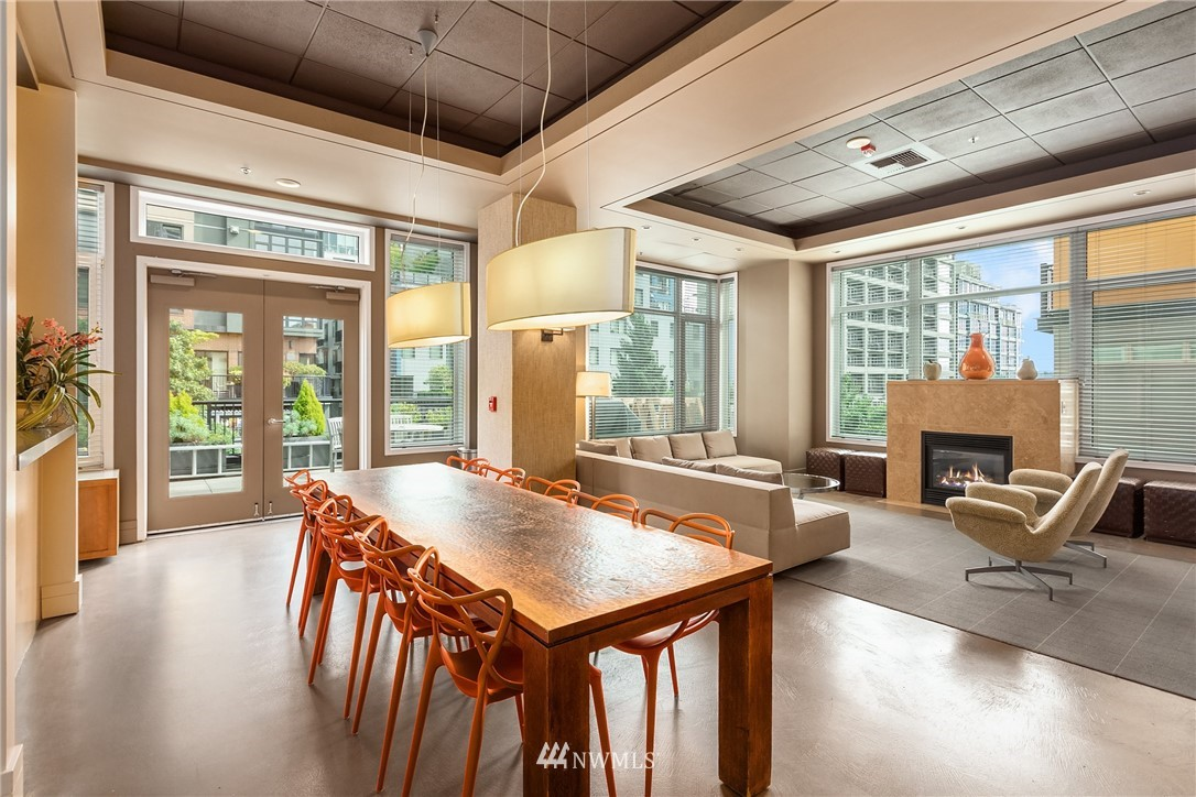 Sold Property | 2801 1st Avenue #513 Seattle, WA 98121 5