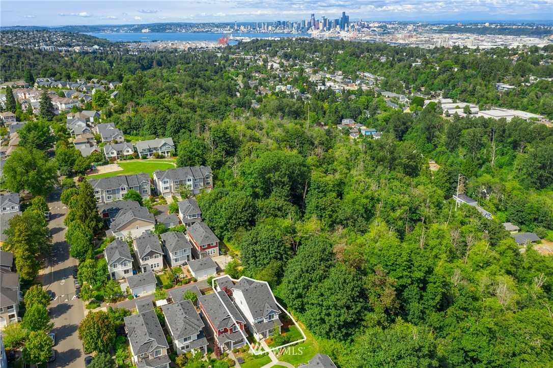 Sold Property | 6460 High Point Drive SW Seattle, WA 98126 21