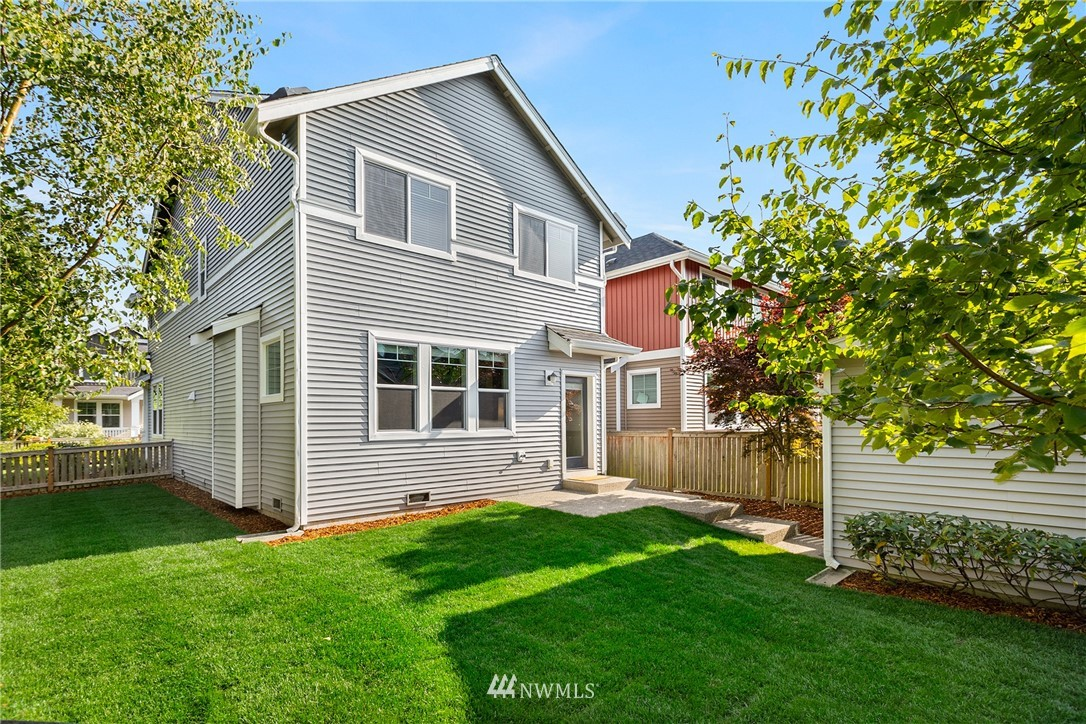Sold Property | 6460 High Point Drive SW Seattle, WA 98126 22