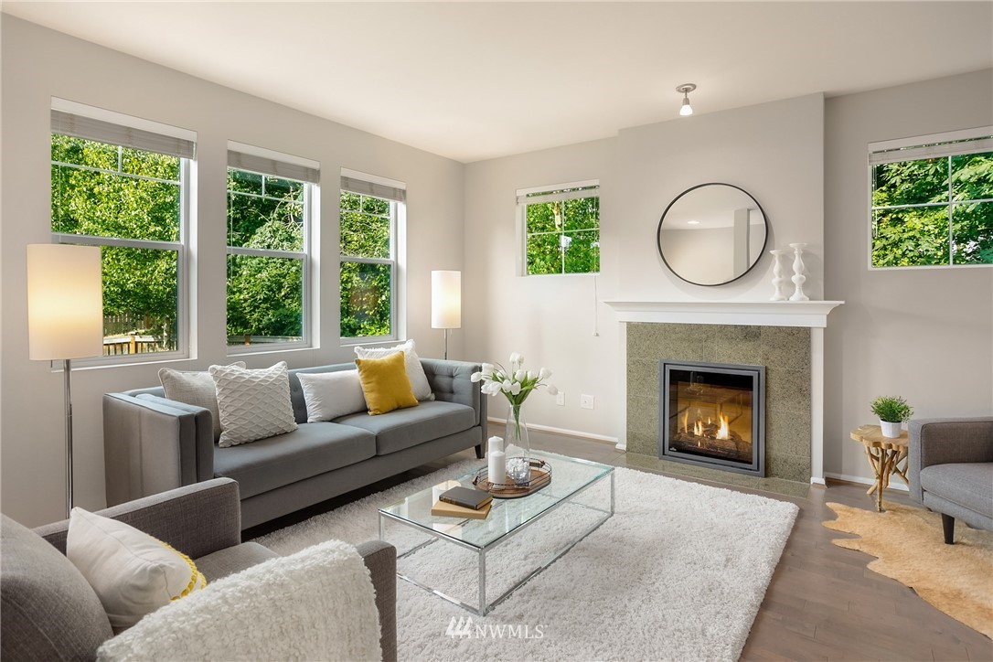 Sold Property | 6460 High Point Drive SW Seattle, WA 98126 3