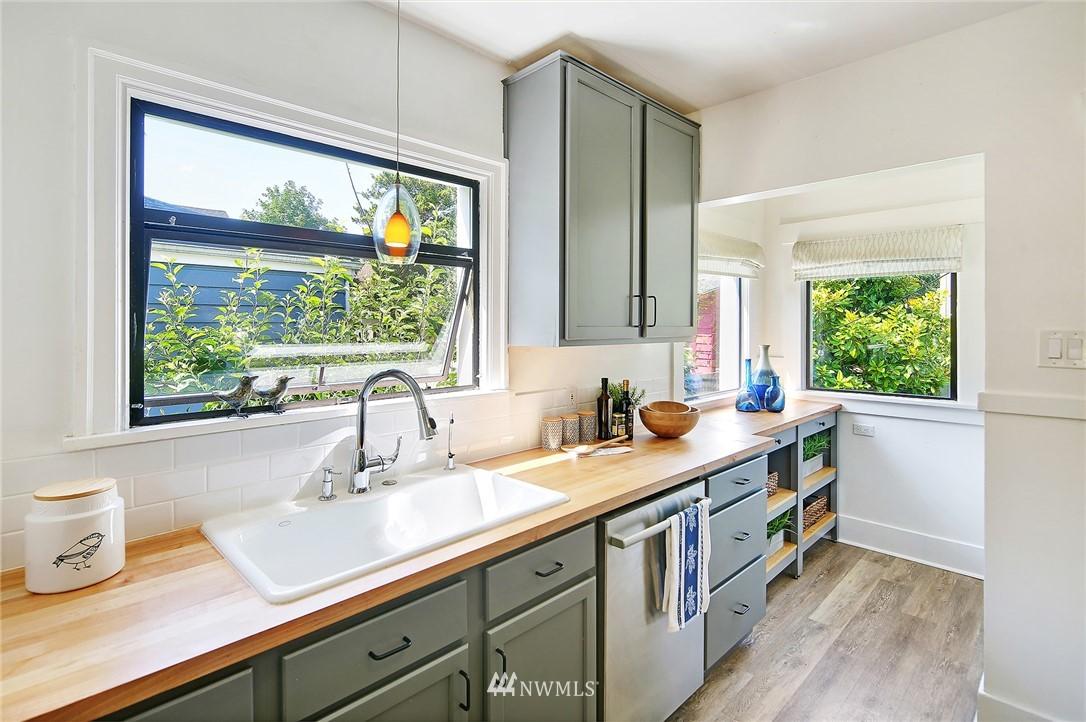 Sold Property | 1423 33rd Avenue Seattle, WA 98122 8
