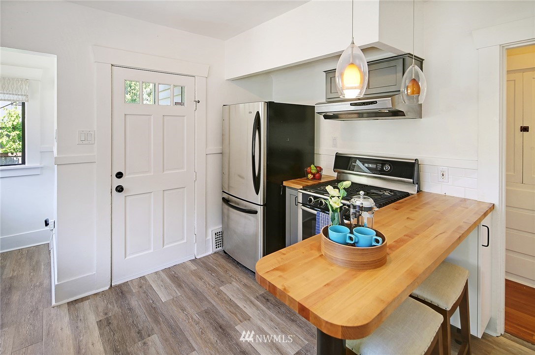Sold Property | 1423 33rd Avenue Seattle, WA 98122 10