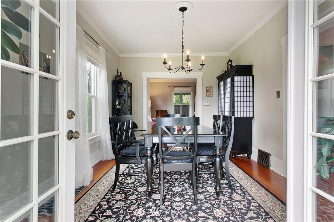 Sold Property | 1619 32nd Avenue Seattle, WA 98122 4