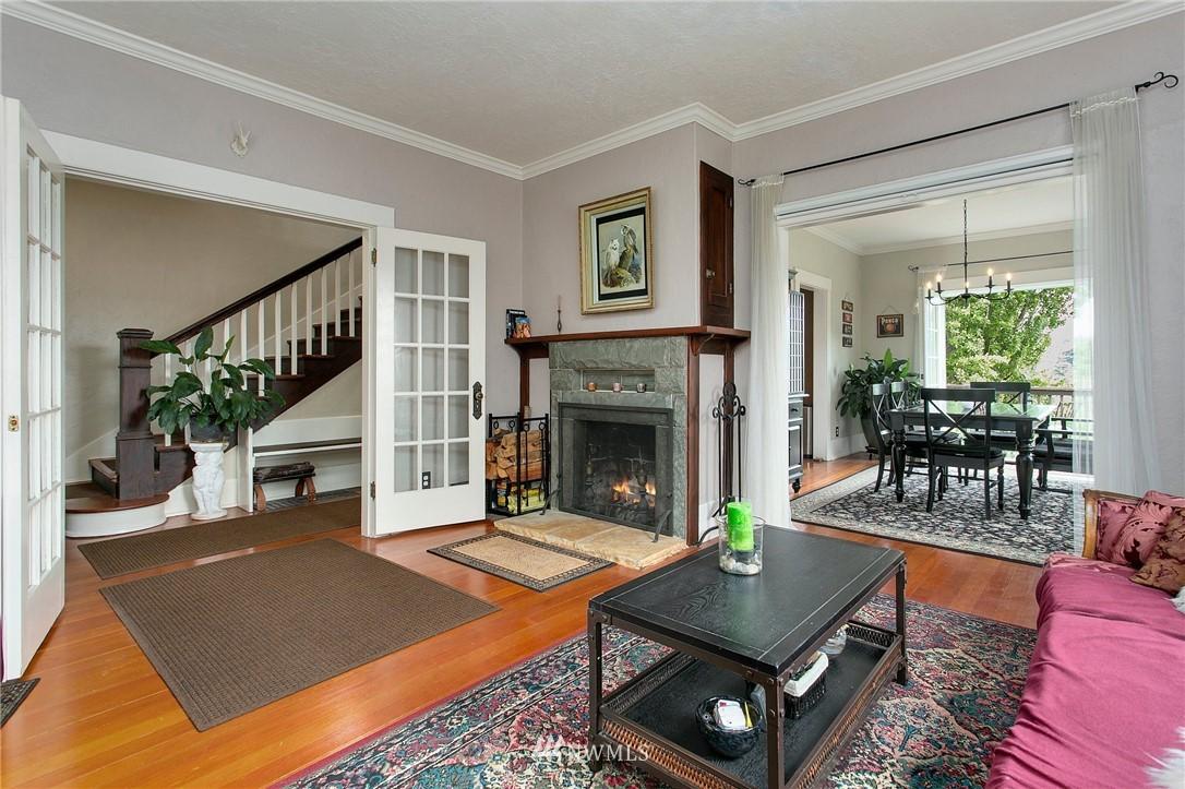 Sold Property | 1619 32nd Avenue Seattle, WA 98122 3