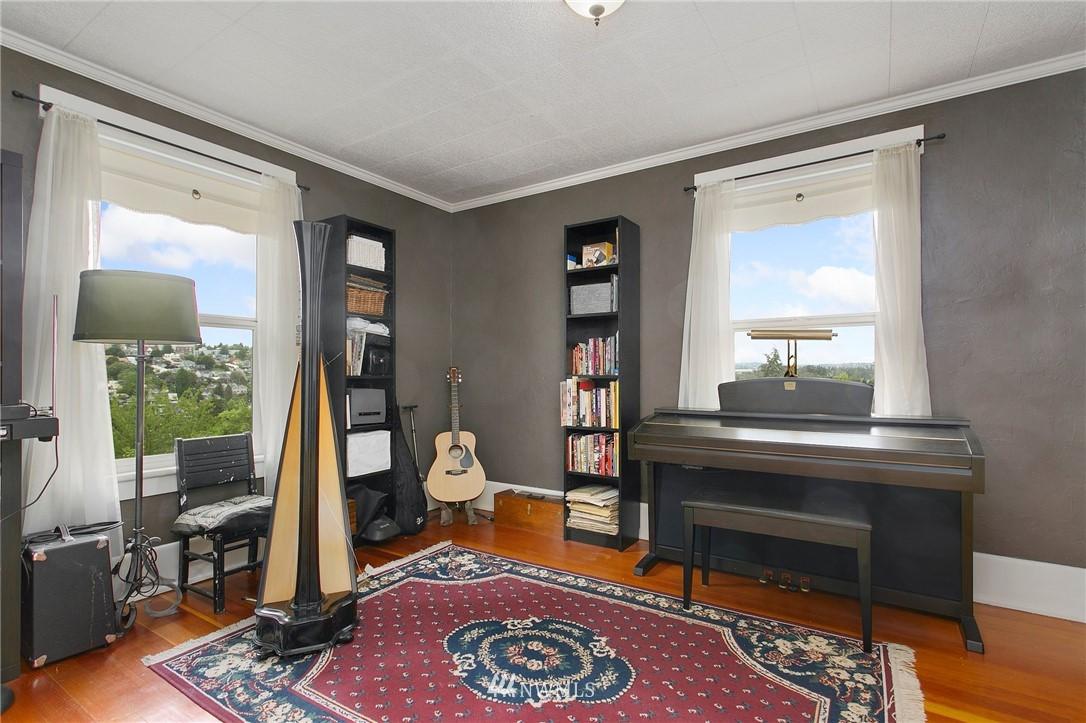 Sold Property | 1619 32nd Avenue Seattle, WA 98122 13