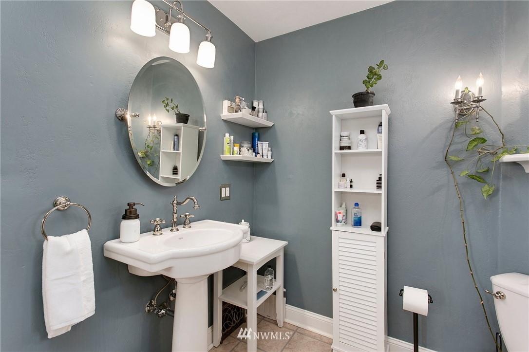 Sold Property | 1619 32nd Avenue Seattle, WA 98122 15