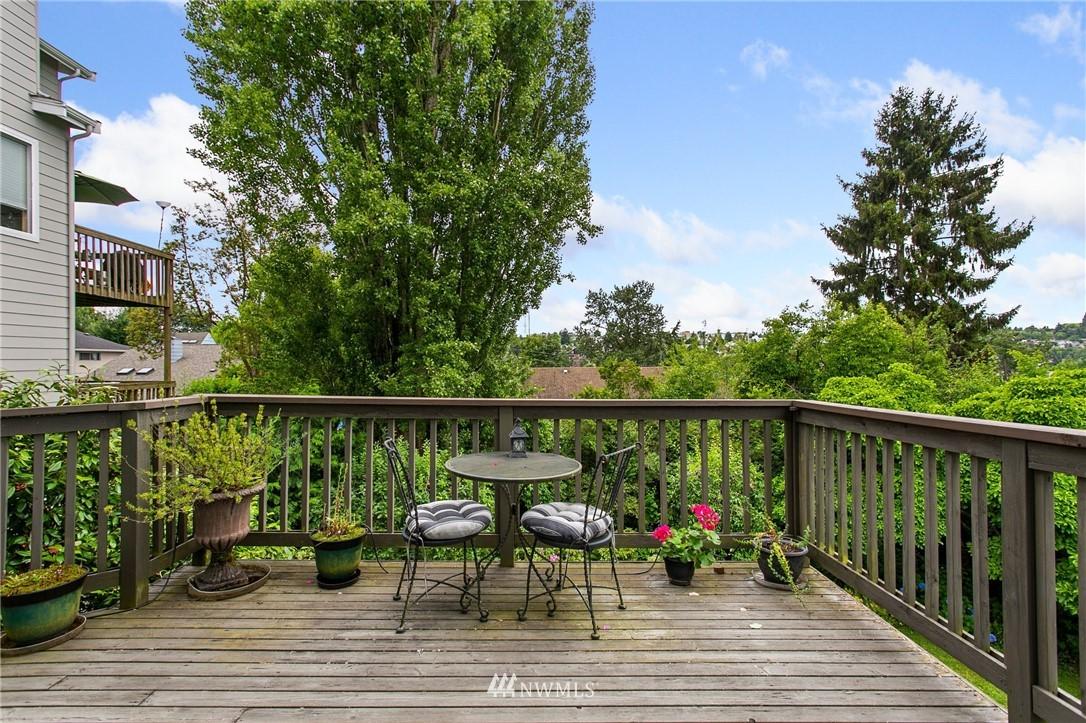 Sold Property | 1619 32nd Avenue Seattle, WA 98122 27