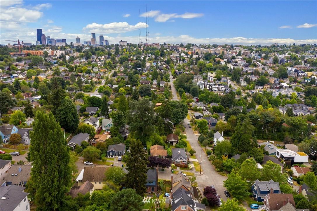 Sold Property | 1619 32nd Avenue Seattle, WA 98122 32