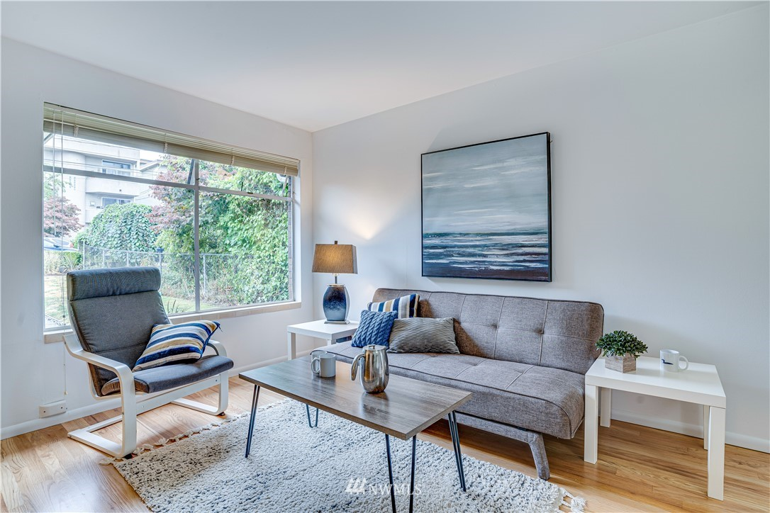 Sold Property | 8517 16th Avenue NW Seattle, WA 98117 4