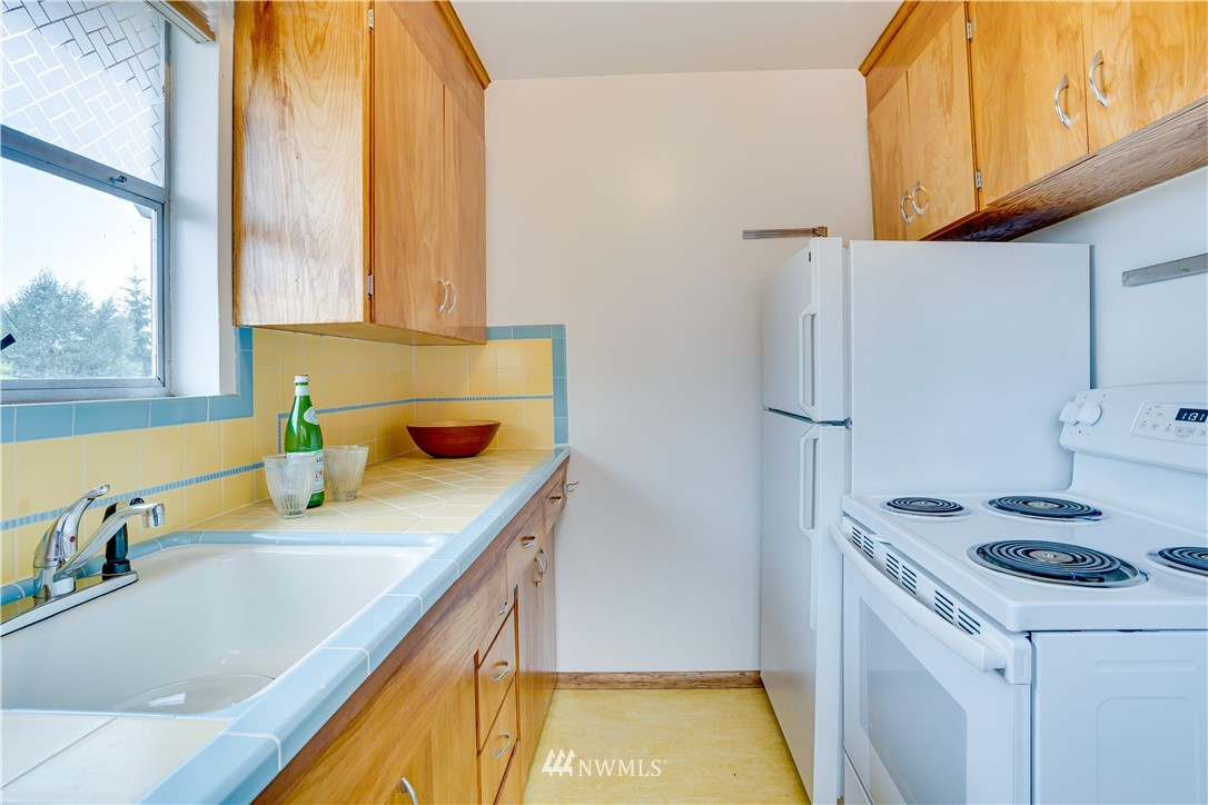 Sold Property | 8517 16th Avenue NW Seattle, WA 98117 8