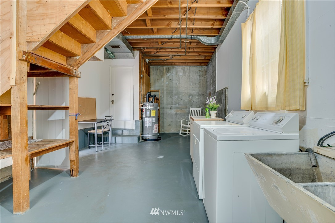 Sold Property | 8517 16th Avenue NW Seattle, WA 98117 17