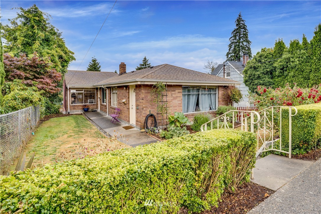 Sold Property | 8517 16th Avenue NW Seattle, WA 98117 20