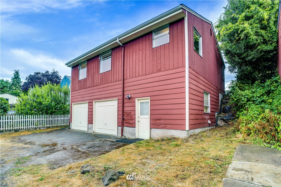 Sold Property | 8517 16th Avenue NW Seattle, WA 98117 23