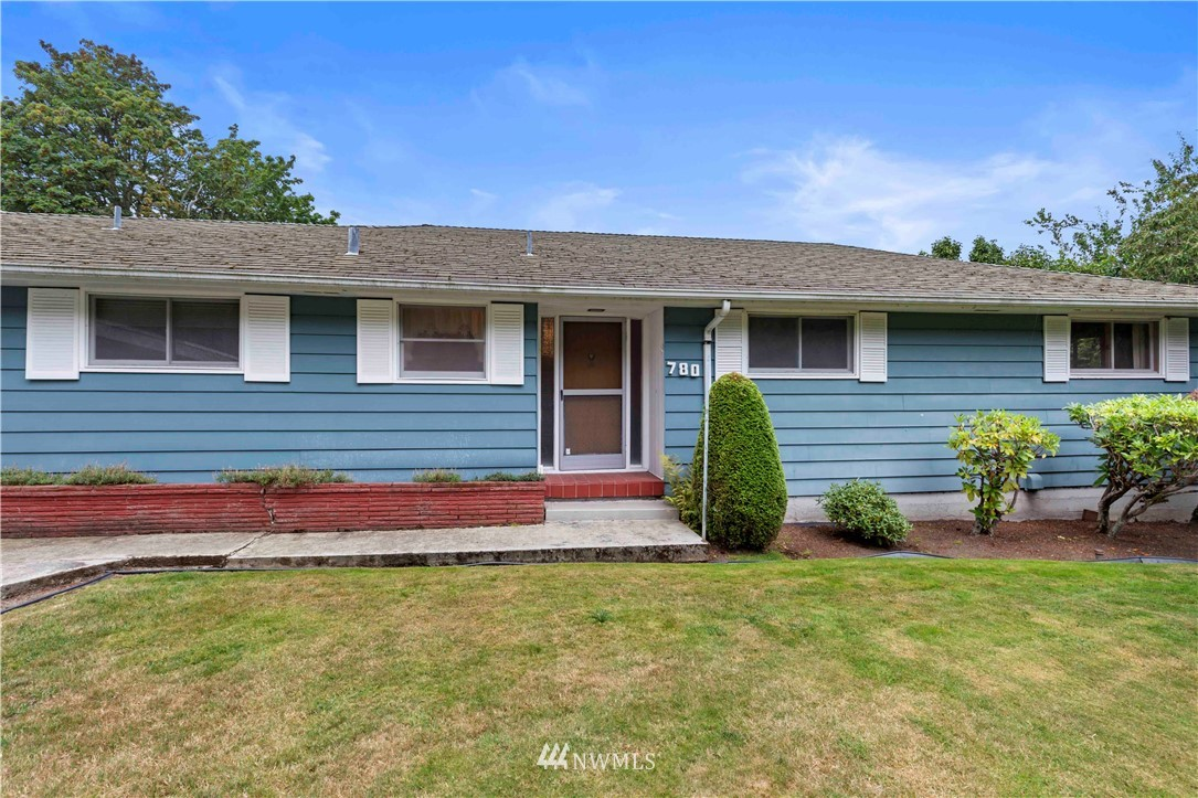 Sold Property | 780 Crown Drive Everett, WA 98203 2