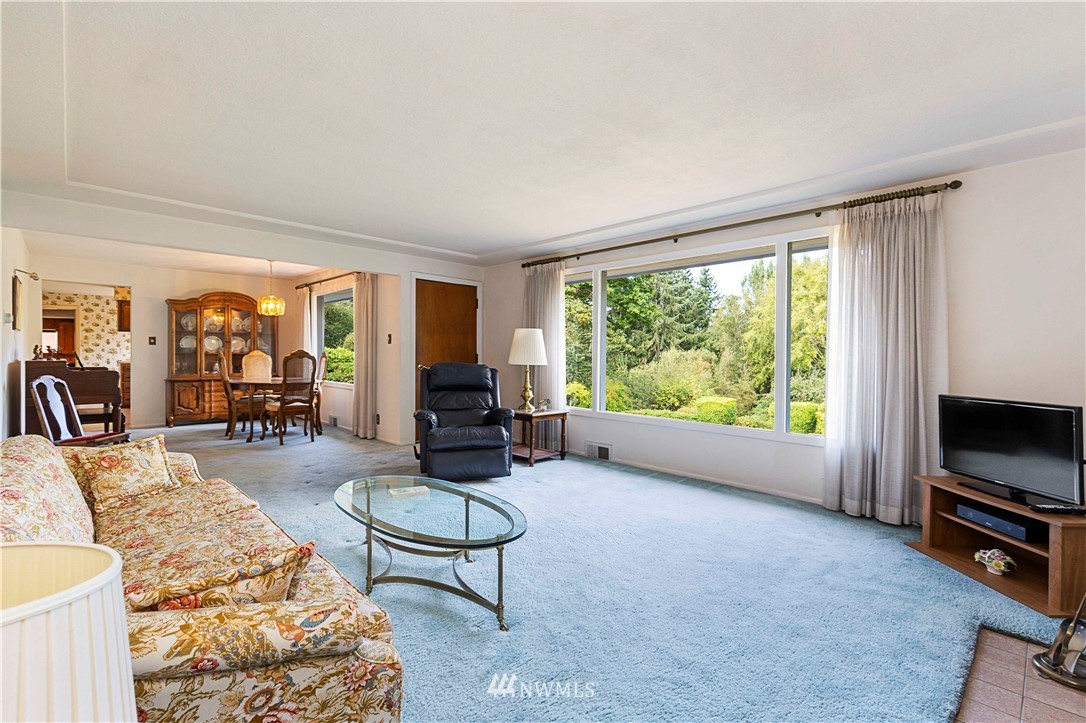 Sold Property | 780 Crown Drive Everett, WA 98203 7