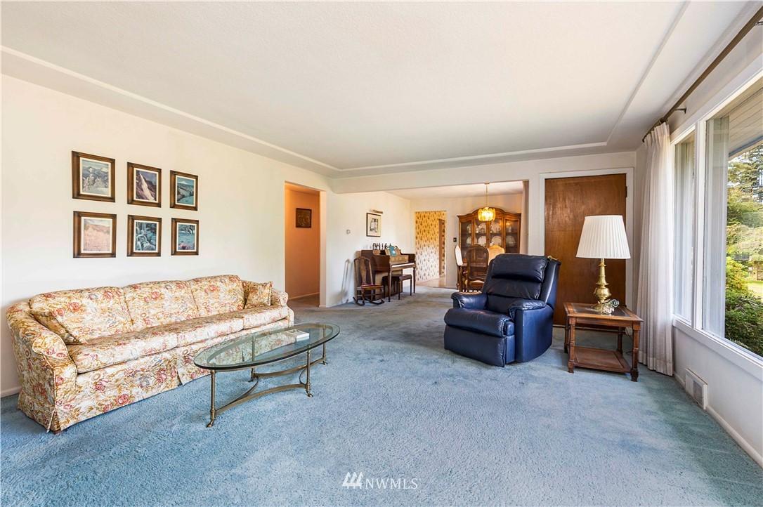 Sold Property | 780 Crown Drive Everett, WA 98203 8