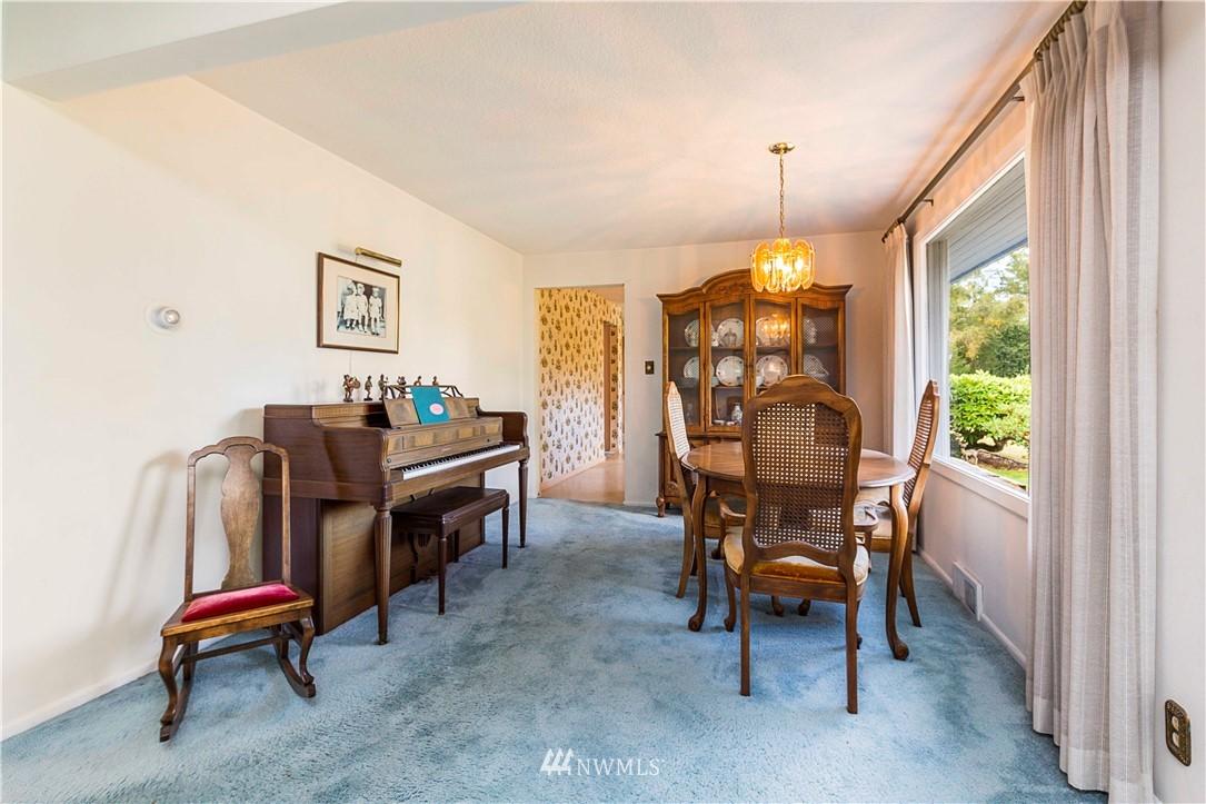 Sold Property | 780 Crown Drive Everett, WA 98203 9