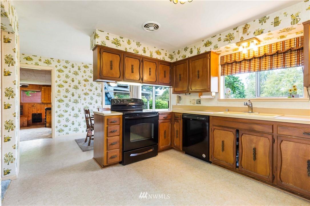 Sold Property | 780 Crown Drive Everett, WA 98203 12