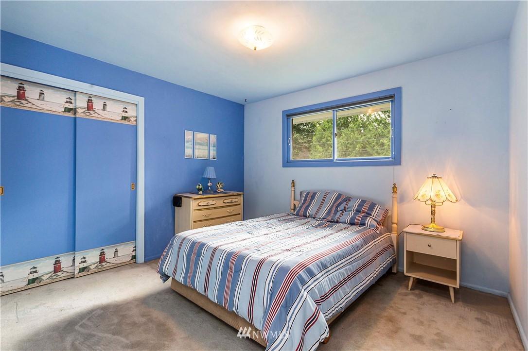 Sold Property | 780 Crown Drive Everett, WA 98203 20