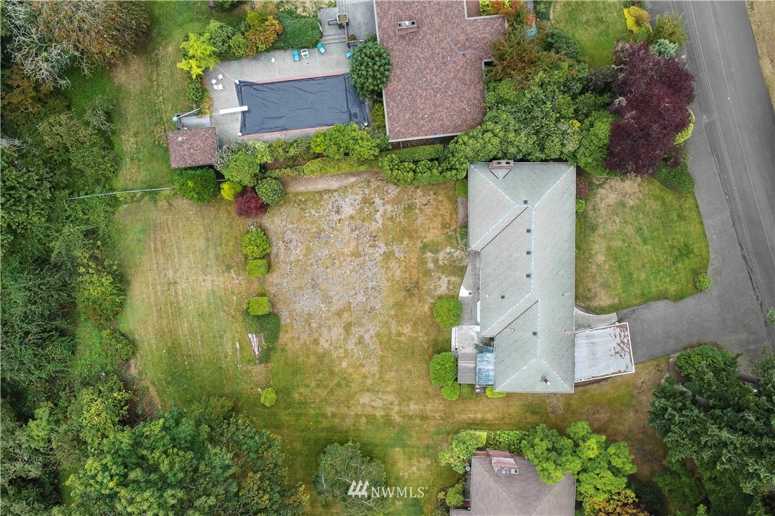 Sold Property | 780 Crown Drive Everett, WA 98203 32
