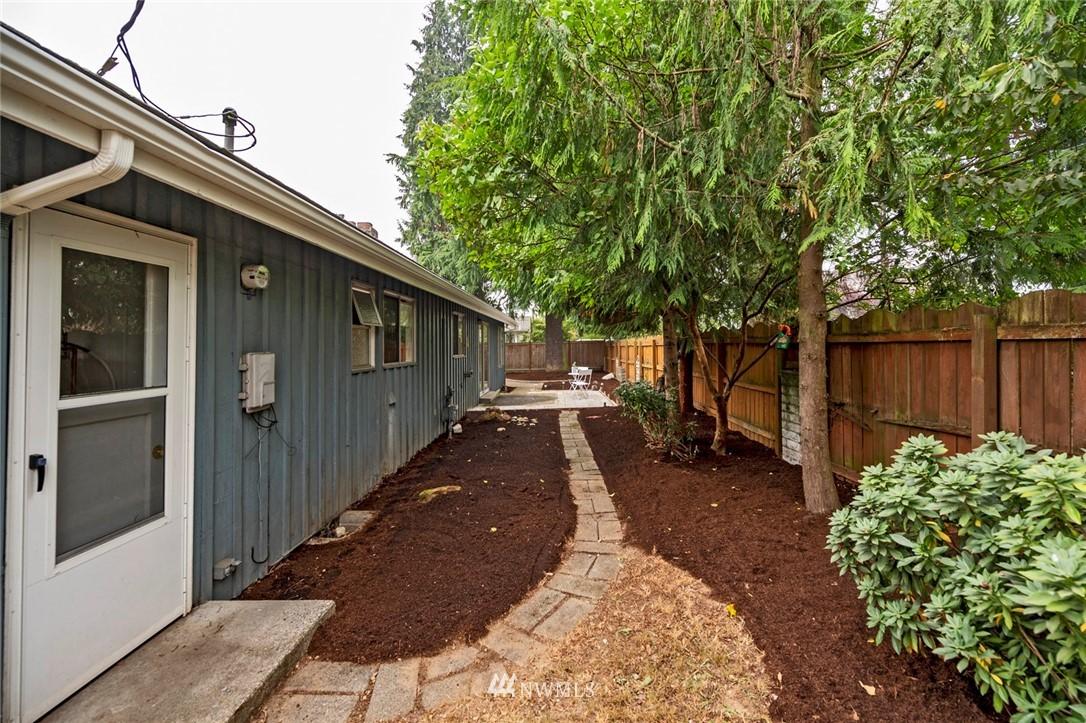 Sold Property | 13328 Corliss Avenue N Seattle, WA 98133 29