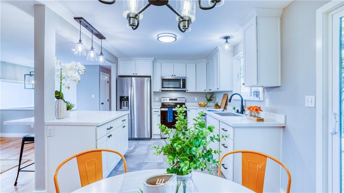 Sold Property | 9820 227th Place SW Edmonds, WA 98020 8