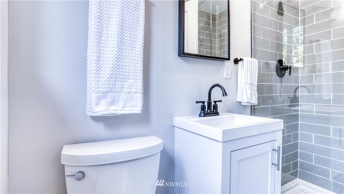 Sold Property | 9820 227th Place SW Edmonds, WA 98020 14
