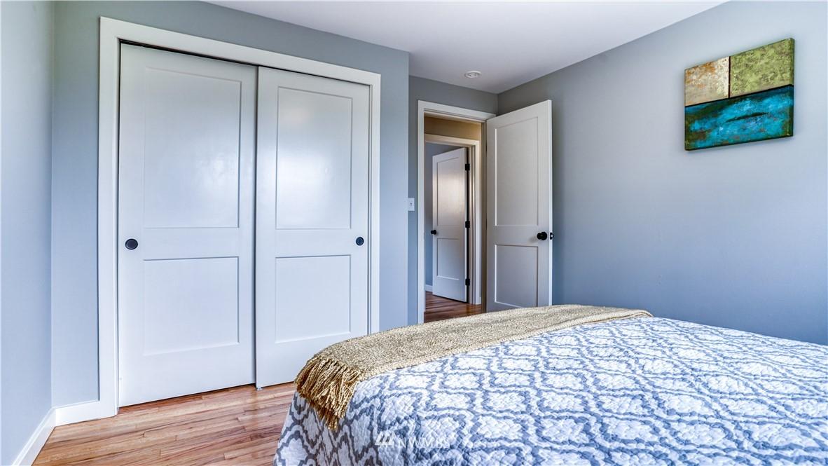 Sold Property | 9820 227th Place SW Edmonds, WA 98020 17