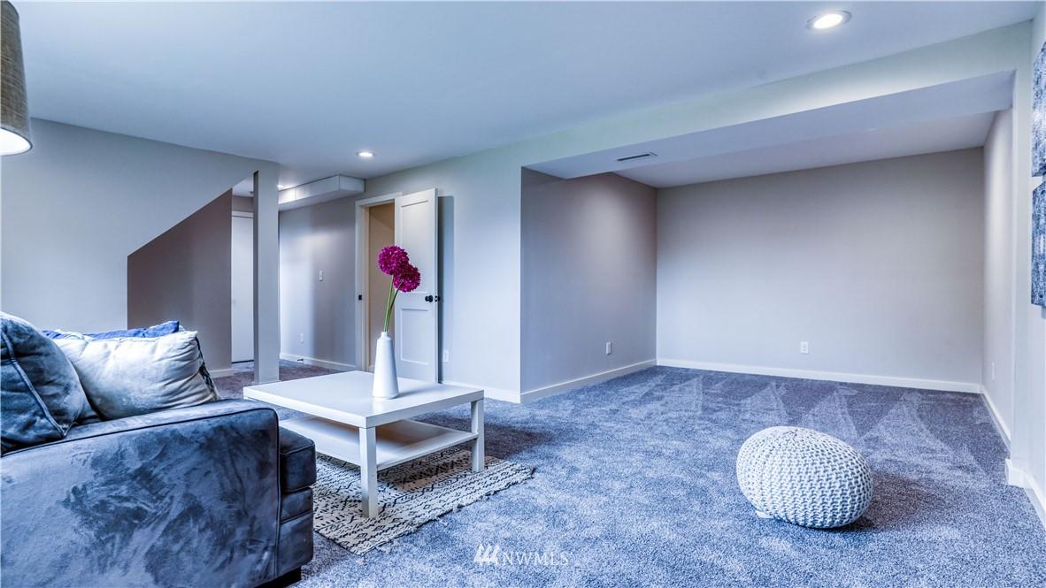 Sold Property | 9820 227th Place SW Edmonds, WA 98020 21