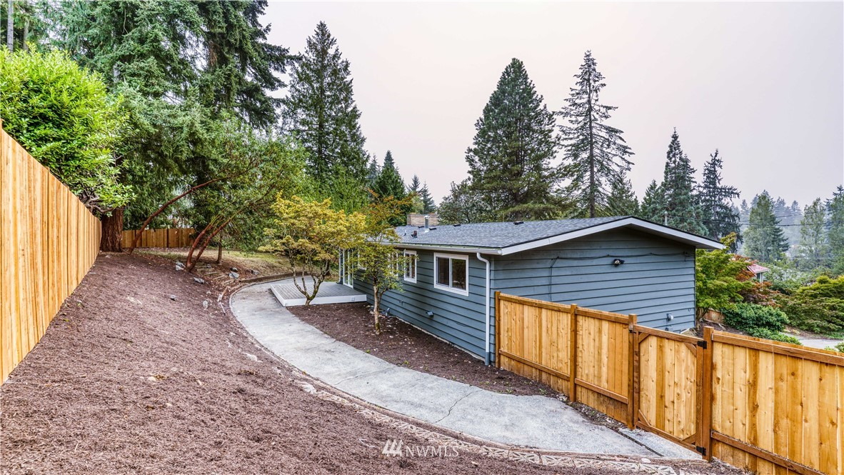 Sold Property | 9820 227th Place SW Edmonds, WA 98020 27
