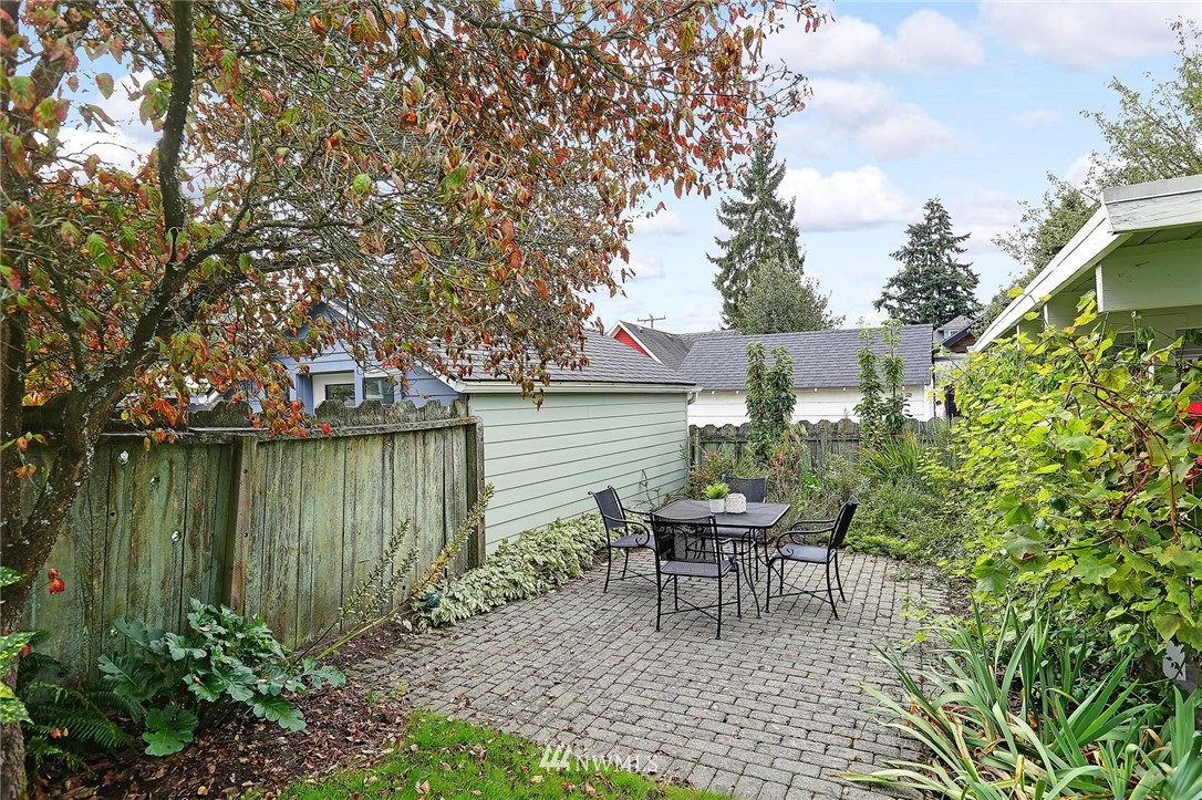 Sold Property | 7309 25th Avenue NW Seattle, WA 98117 22