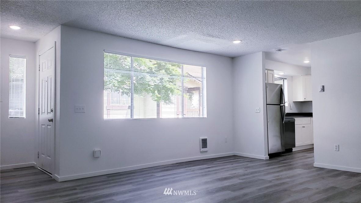 Sold Property | 11338 3rd Avenue NE Seattle, WA 98125 3