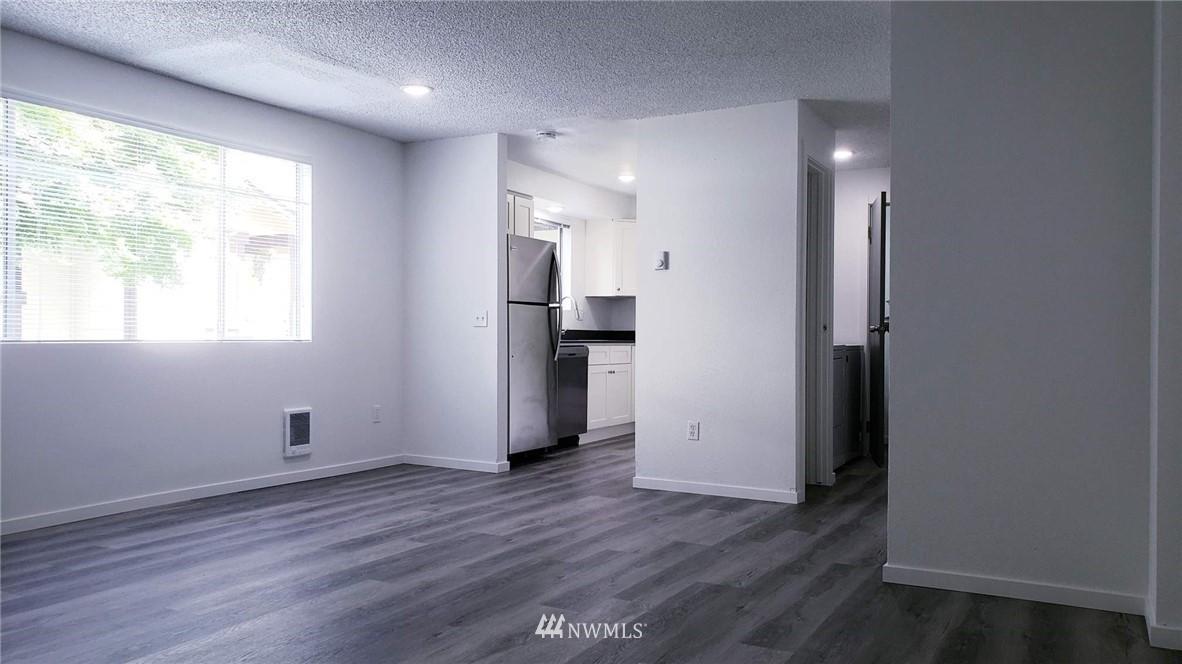 Sold Property | 11338 3rd Avenue NE Seattle, WA 98125 4