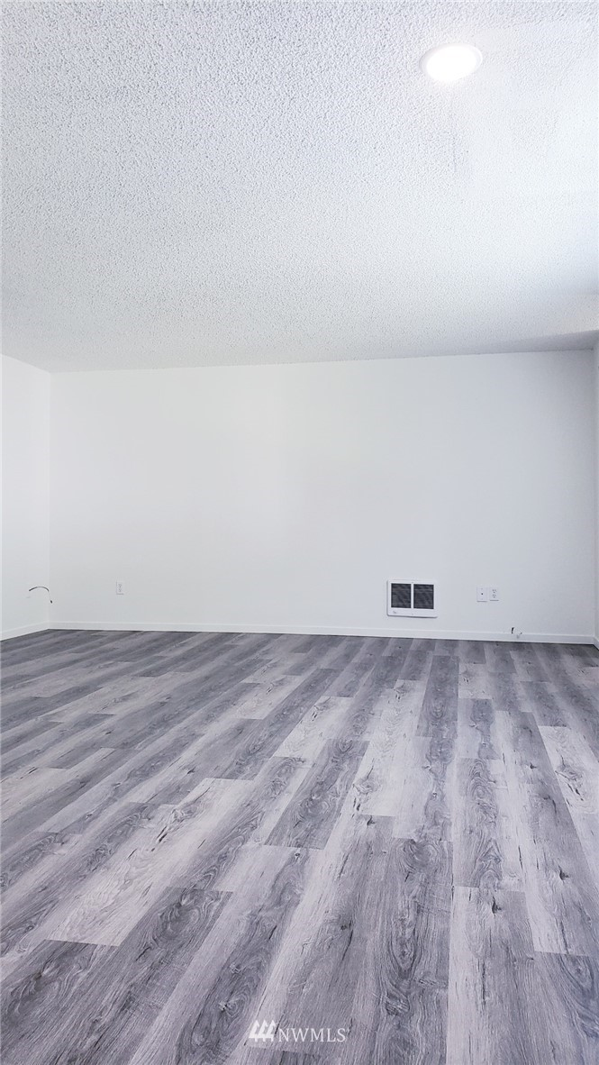 Sold Property | 11338 3rd Avenue NE Seattle, WA 98125 6