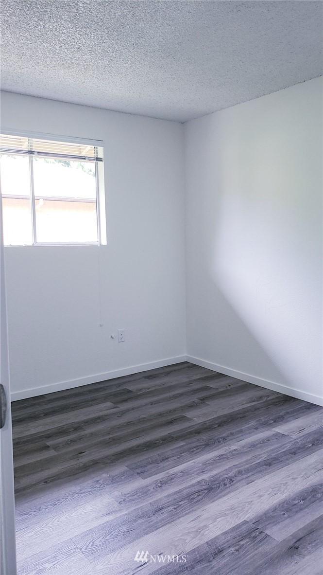 Sold Property | 11338 3rd Avenue NE Seattle, WA 98125 17