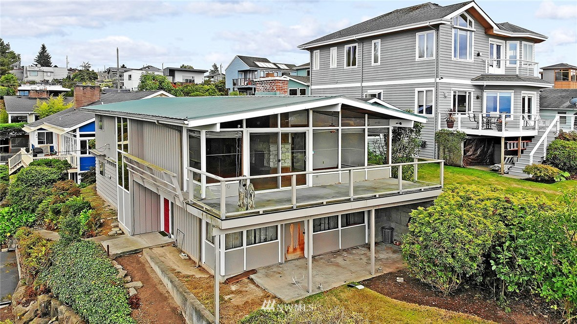 Sold Property   3617 NW 61st Street Seattle, WA 98107 3