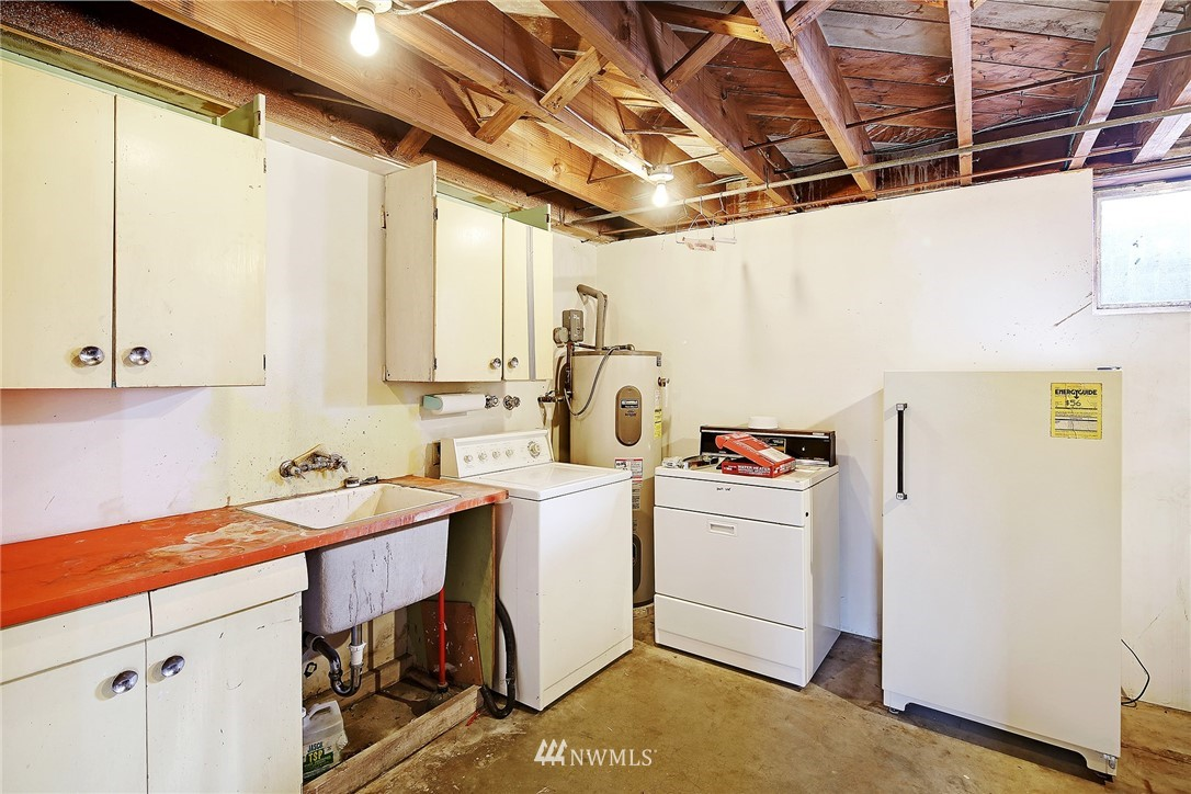 Sold Property   3617 NW 61st Street Seattle, WA 98107 18
