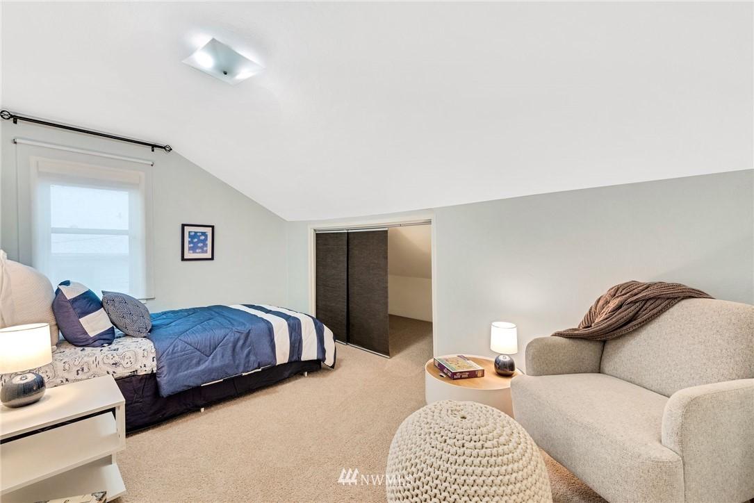 Sold Property | 5919 Kirkwood Place N Seattle, WA 98103 15