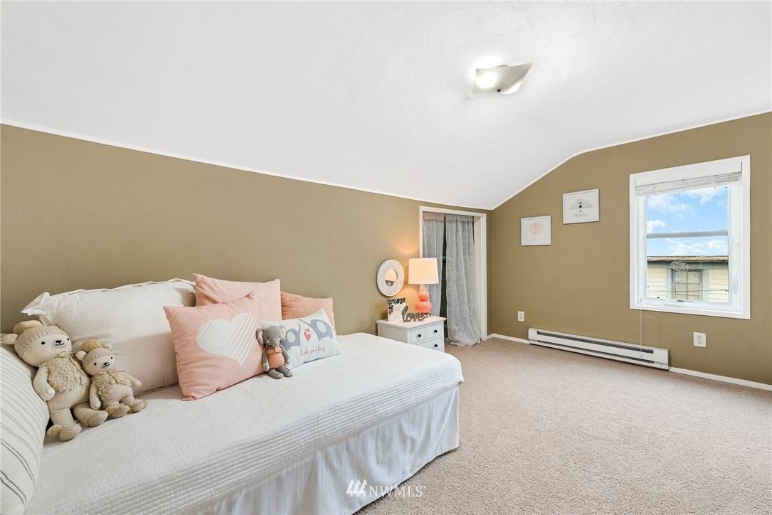Sold Property | 5919 Kirkwood Place N Seattle, WA 98103 16