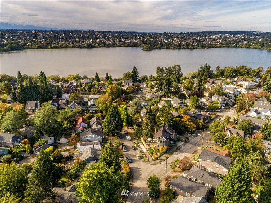 Sold Property | 5919 Kirkwood Place N Seattle, WA 98103 26