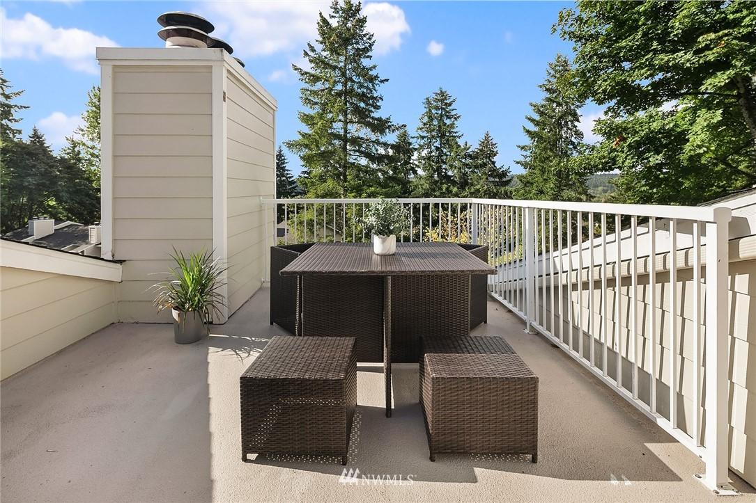 Sold Property | 9494 Red-Wood Road NE #B304 Redmond, WA 98052 13