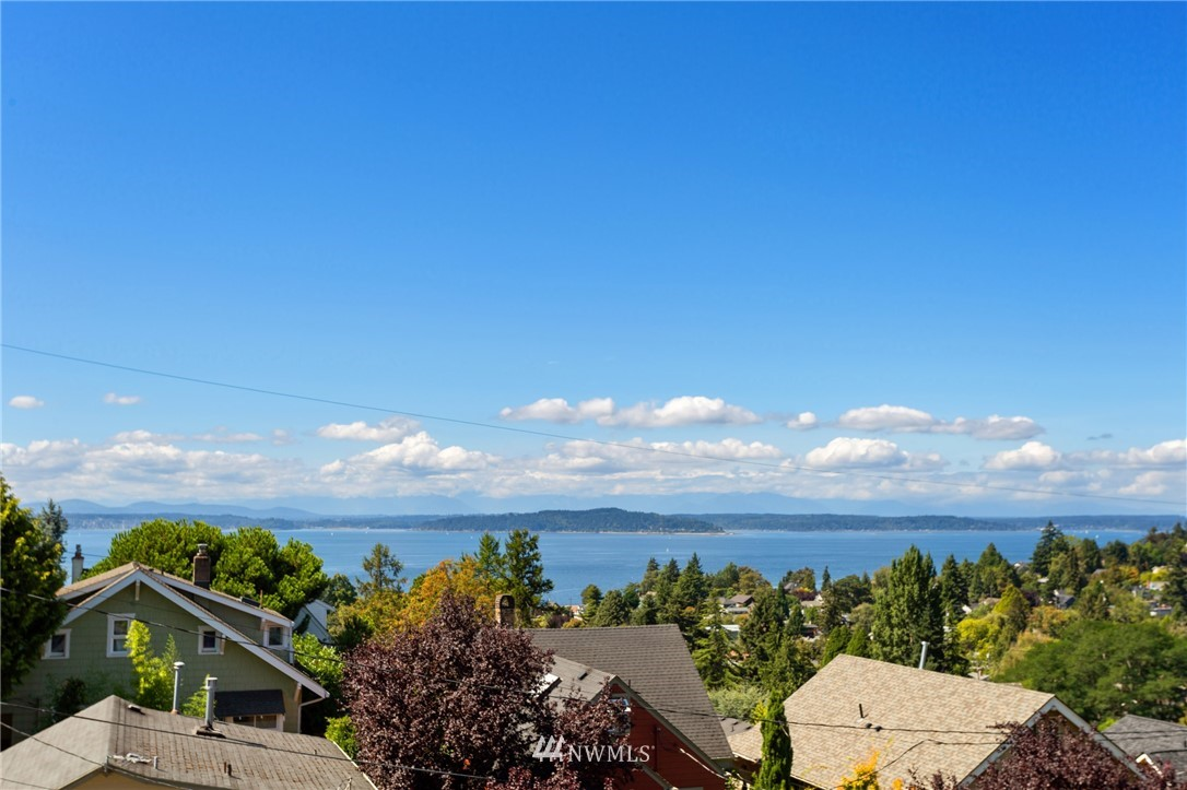 Sold Property | 5324 46th Avenue SW Seattle, WA 98136 4